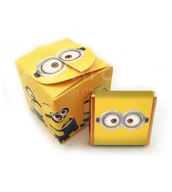 Petita caixa amb 5 minixocolatas de Minions